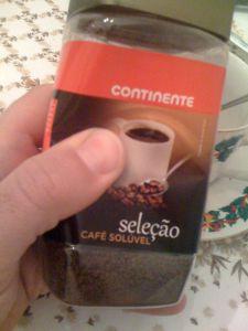 Café do Continente em embalagem de plástico.