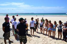 Limpeza voluntária do cordão dunar da praia do Baleal em Peniche que ocorreu no primeiro dia de Verão de 2014.